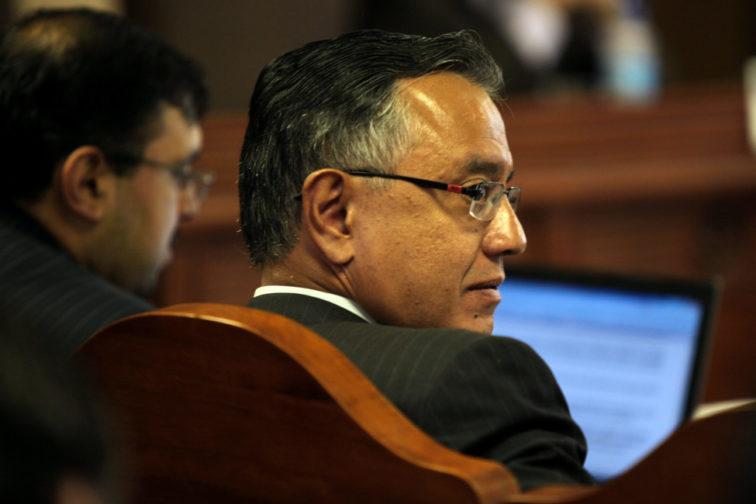 El exsecretario jurídico de la presidencia Alexis Mera en una imagen del jueves 27 de enero de 2011, una audiencia en la Corte Constitucional.