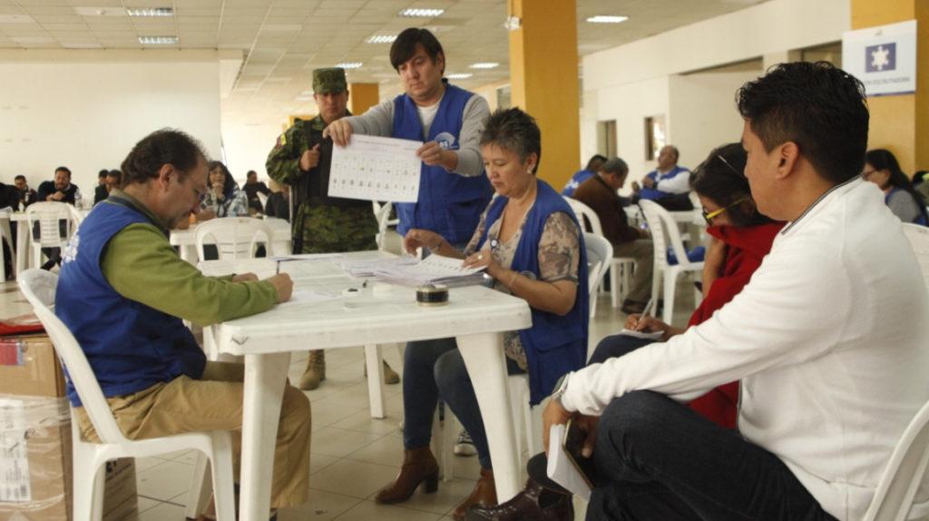 Los Ríos: no hay dinero ni para recoger la basura por el retraso del CNE en nombrar autoridades