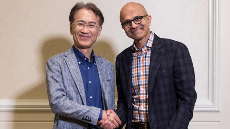 Kenichiro Yoshida, CEO de Sony, y Satya Nadella, CEO de Microsoft.