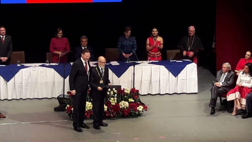 El 6 de diciembre de 2018, el municipio de Quito le entregó un reconocimiento por su trayectoria.