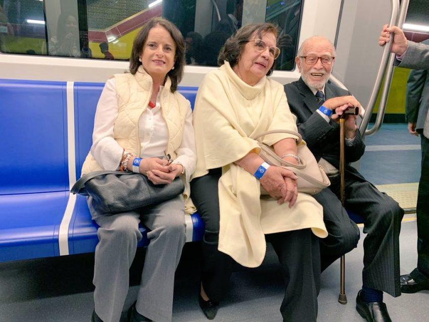 El 19 de marzo de 2019 fue parte del viaje inaugural del Metro de Quito.