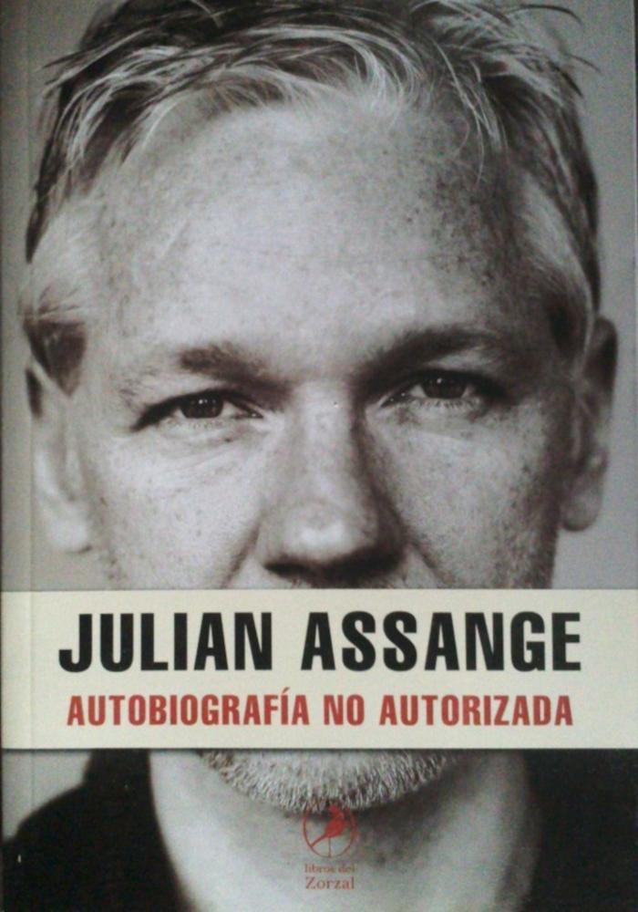 Portada de 'Julian Assange: Autobiografía no autorizada'