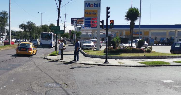 La avenida 10 de Agosto, en el norte de Quito, cambia su nombre a Galo Plaza Lasso