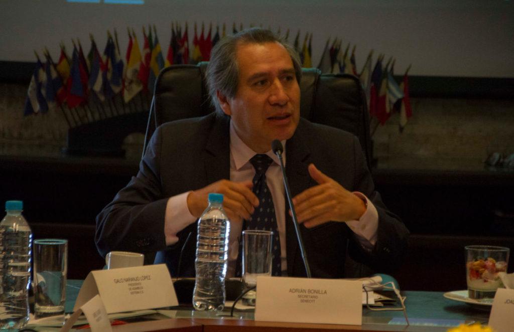 Adrián Bonilla deja la Senescyt y es el cuarto integrante del gabinete que deja su cargo