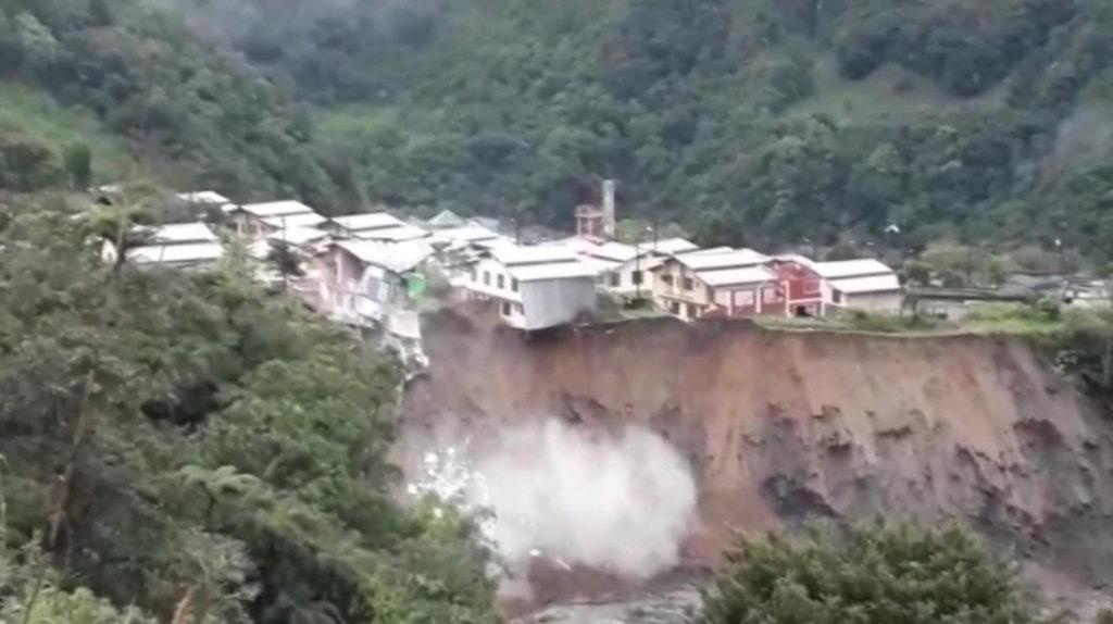 Un muerto y un herido en Baños por la fuerza de los ríos