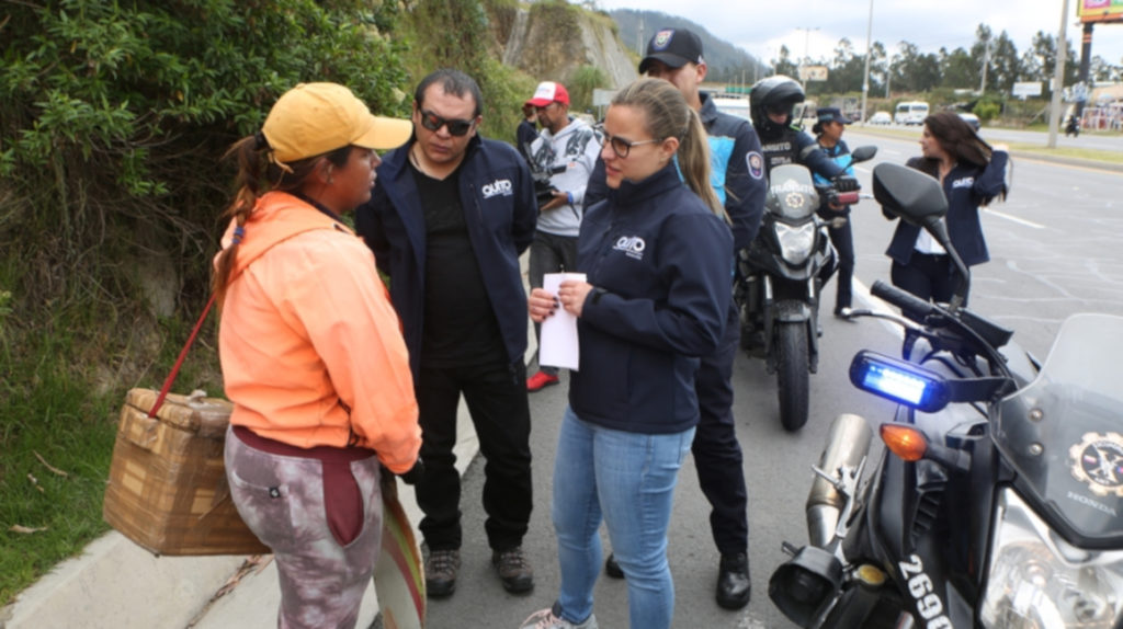 295 llamados de atención se han realizado a vendedores en la avenida Simón Bolívar