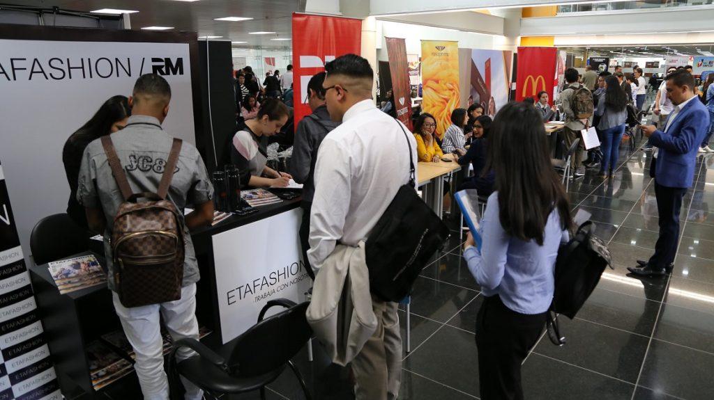 Más de 300.000 personas sin trabajo en una economía que no crece