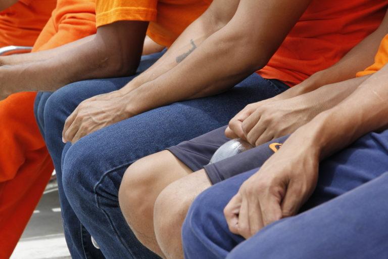 Imagen referencial de detenidos en el Centro de Rehabilitación Social de Latacunga.