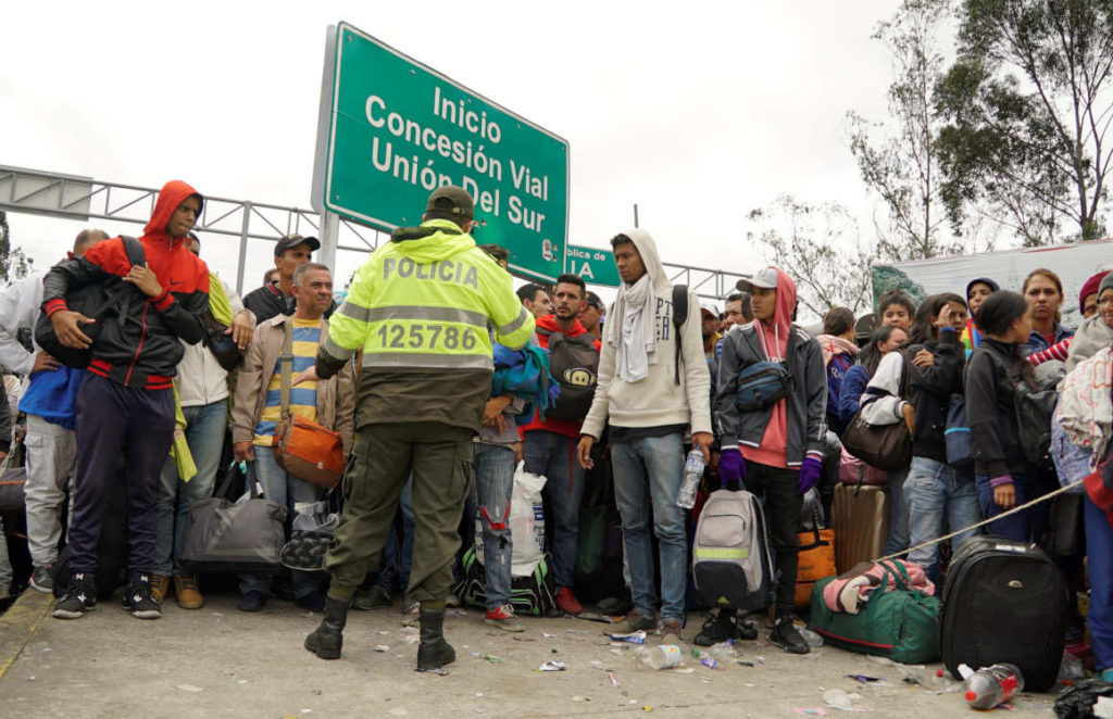 Ecuador activa plan ante posible crisis humanitaria por migración masiva y ACNUR envía respaldo