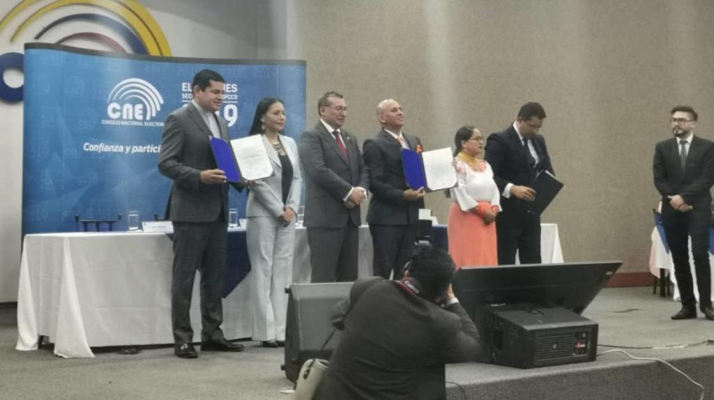 Nuevos miembros del Consejo de Participación recibieron sus credenciales
