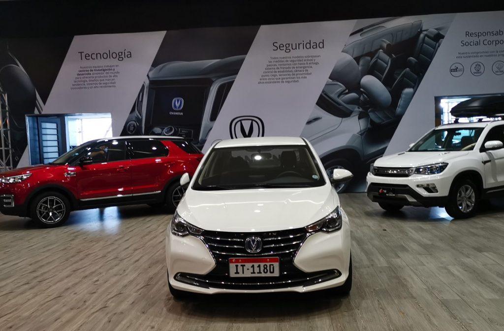 Los ecuatorianos prefieren los vehículos importados, que ganan mercado desde 2017