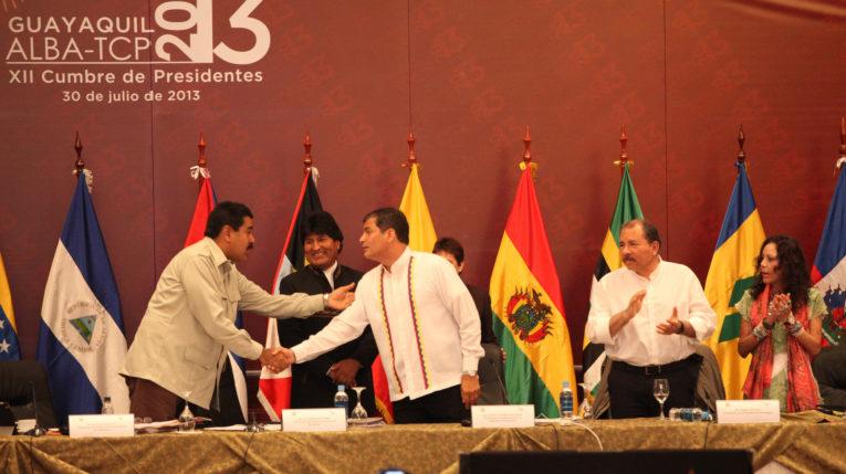 Foto Archivo. Rafael Correa durante la inauguración la XII Cumbre de Presidentes de la ALBA - TCP, en 2013 con los presidentes de Venezuela, Nicolás Maduro; Evo Morales, de Bolivia, y Daniel Ortega de Nicaragua.