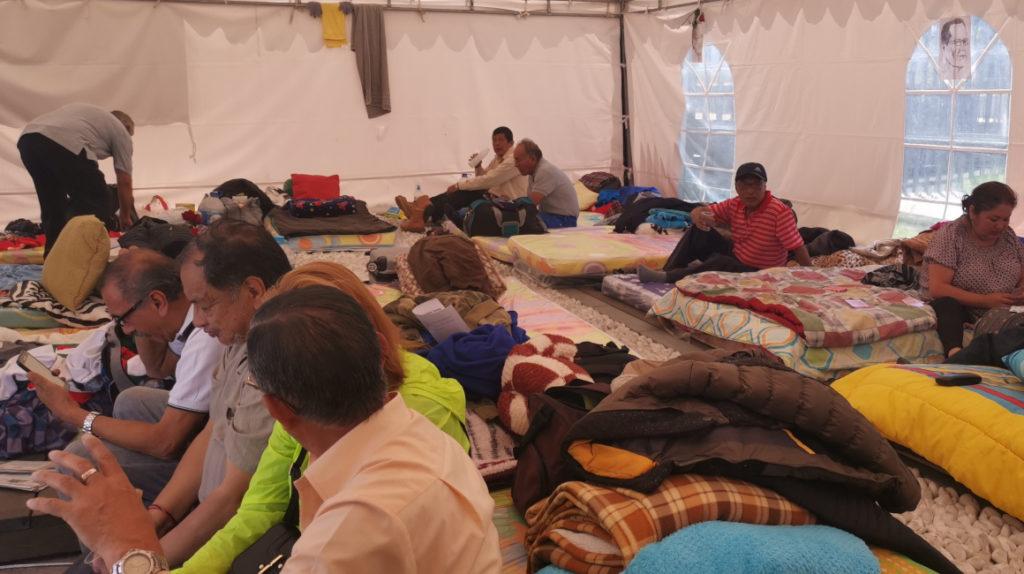 Maestros jubilados no aceptan las condiciones del Gobierno y siguen en huelga de hambre