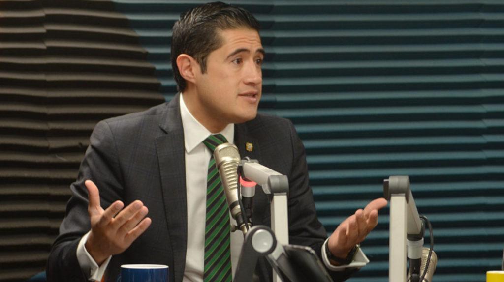 Legislador correísta presenta solicitud de juicio político contra Richard Martínez