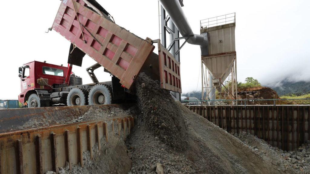Sector minero de Ecuador retomará operaciones