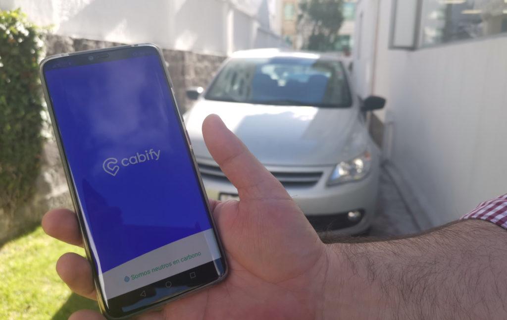 La regularización de Uber y Cabify: una 'papa caliente' para el Gobierno