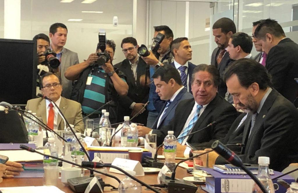 José Tuárez llega a la Asamblea para responder por dos juicios políticos