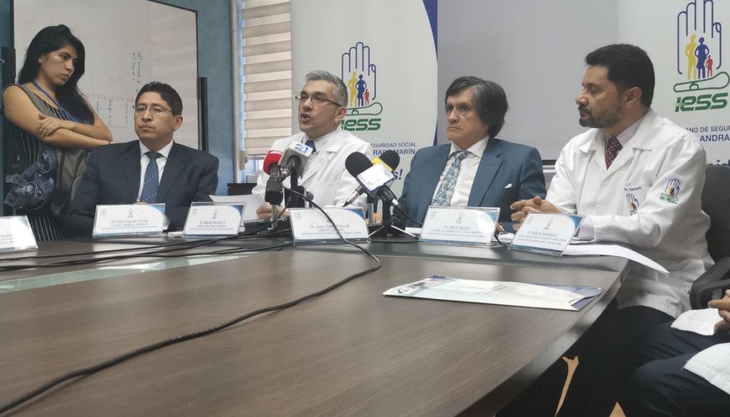 En el Hospital Carlos Andrade Marín de Quito hay corrupción, medicinas caducadas y pérdidas por USD 7 millones