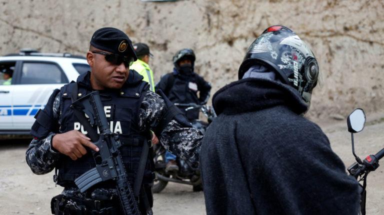 Policías operativos