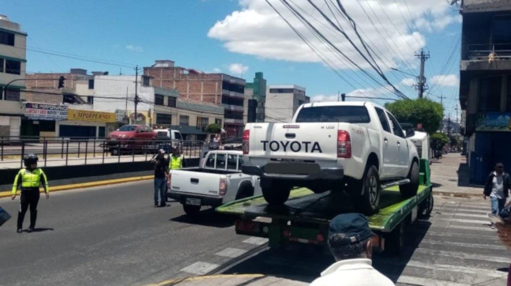 En Quito hay 29 autos por cada plaza de parqueo público