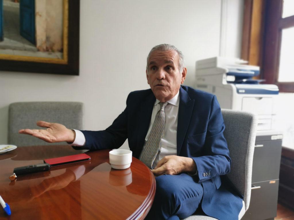 El presidente acepta la renuncia de Santiago Cuesta al cargo de consejero presidencial
