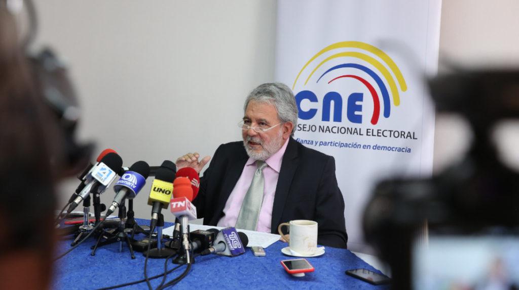Verdesoto pide proclamar resultados antes del reconteo de votos