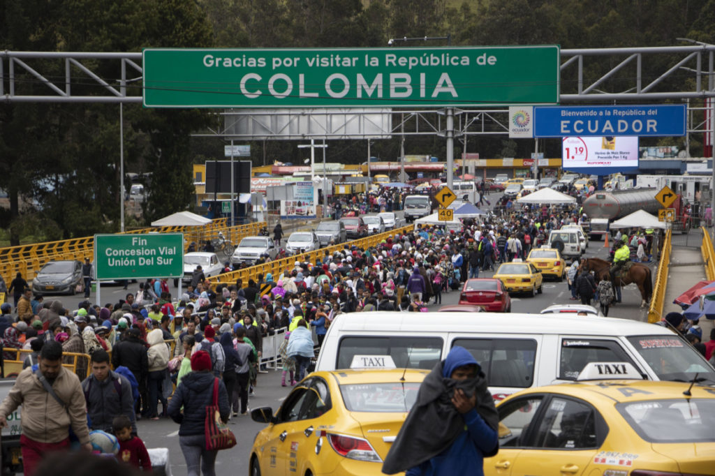 Alrededor de 11.000 venezolanos llegaron al país en los tres días previos a la vigencia de nueva visa