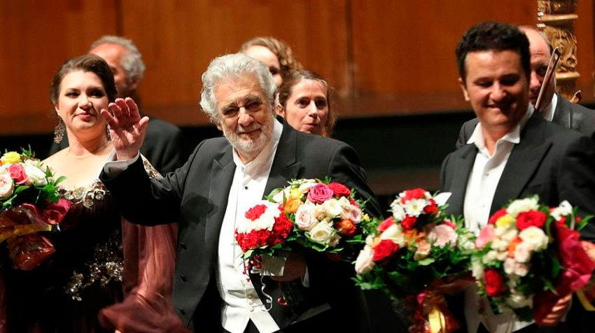 Plácido Domingo, cuando fue ovacionado en el Festival de Salzburgo, tras las primeras denuncias de acoso.