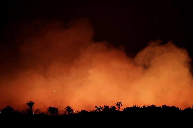 La extensión de los incendios forestales ha obligado a Brasil a decretar la emergencia en dos estados: Amazonas y Acre.