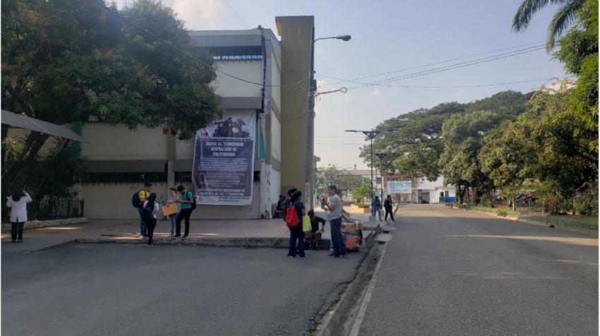 Fachada de la Facultad de Ciencias Médicas de la Universidad de Guayaquil, en agosto de 2019.