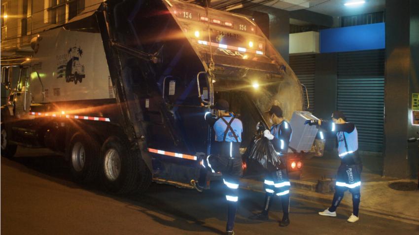 Camión de recolección de la empresa Puerto Limpio en Guayaquil, en agosto de 2019.