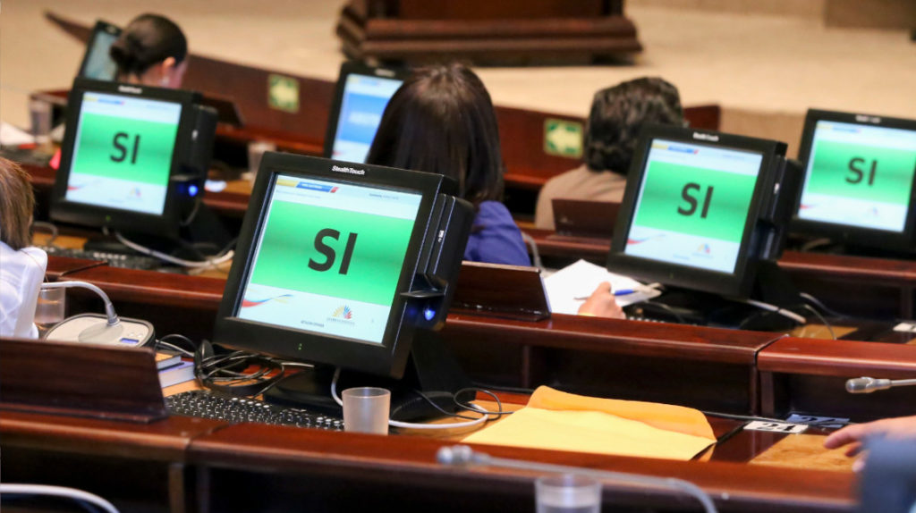Los legisladores se especializan en 'reformas' que acaban en el cajón