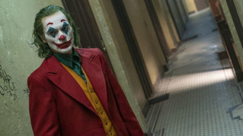 Joaquin Phoenix como el 'Joker', en un fotograma de la película de Todd Phillips