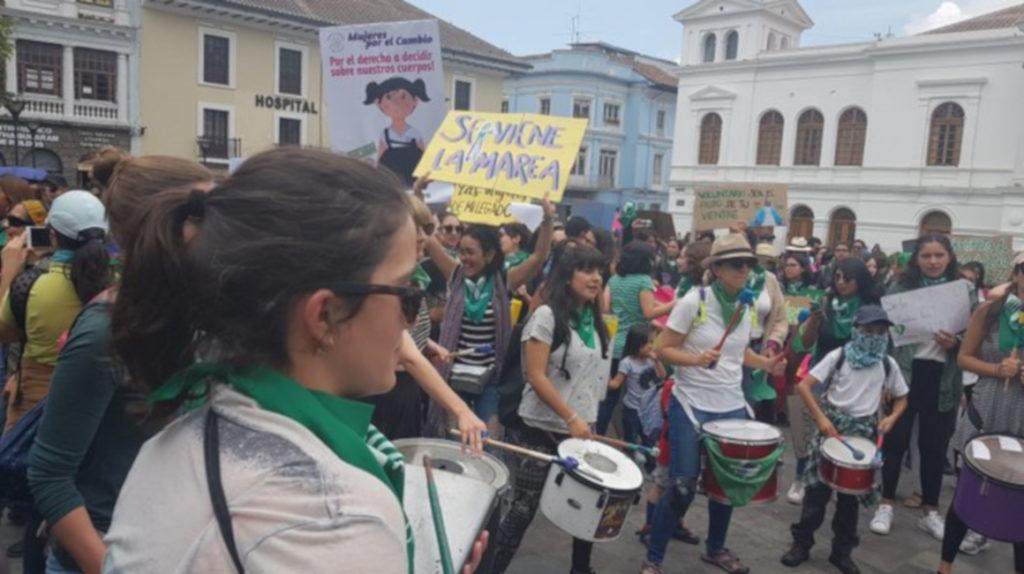 Colectivos marchan para insistir en la despenalización del aborto por violación