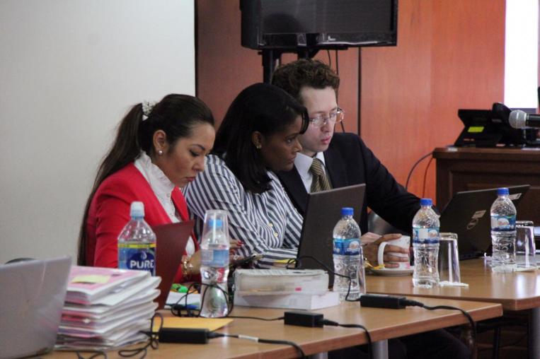 Diana Salazar (centro), durante una audiencia en el caso Sobornos.