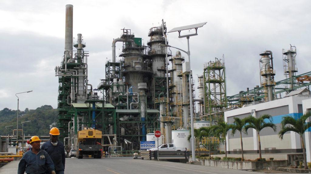 Paso a paso, la conspiración para 'llevarse' el fuel oil de Ecuador