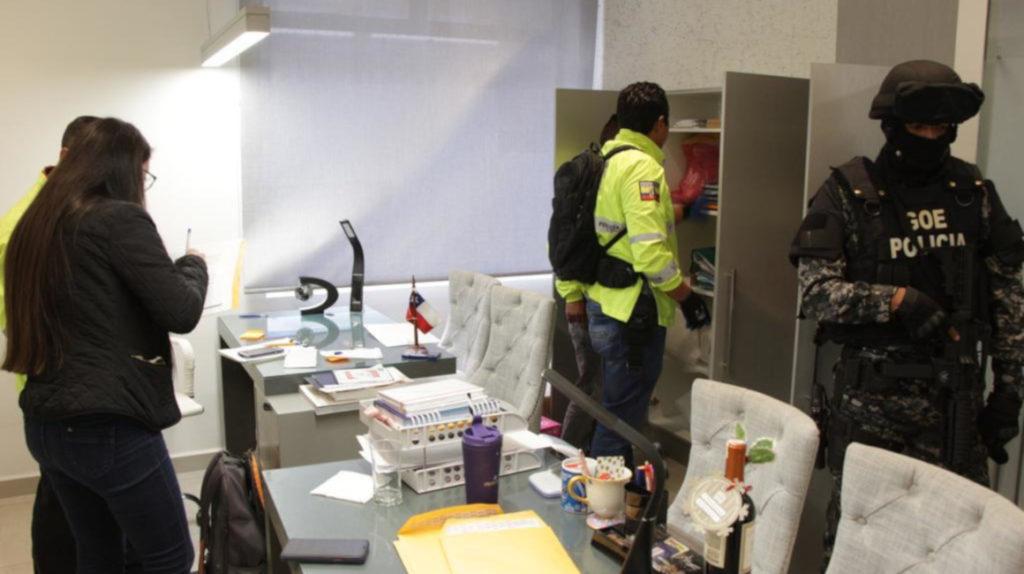Fiscalía allanó dos inmuebles del gerente de Databook