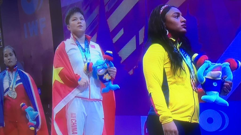 Tamara Salazar obtiene doble medalla de bronce, en el Mundial de halterofilia en Tailandia