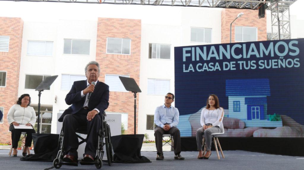 El presidente Moreno lleva a cuestas promesas por cumplir y plazos que se acortan