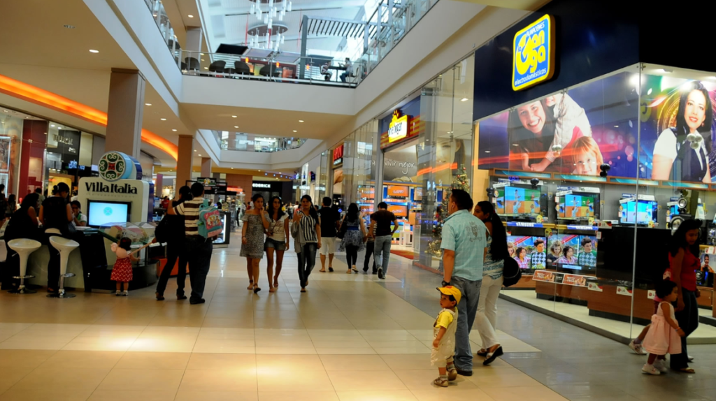 Consumo de hogares está impulsado por créditos y remesas