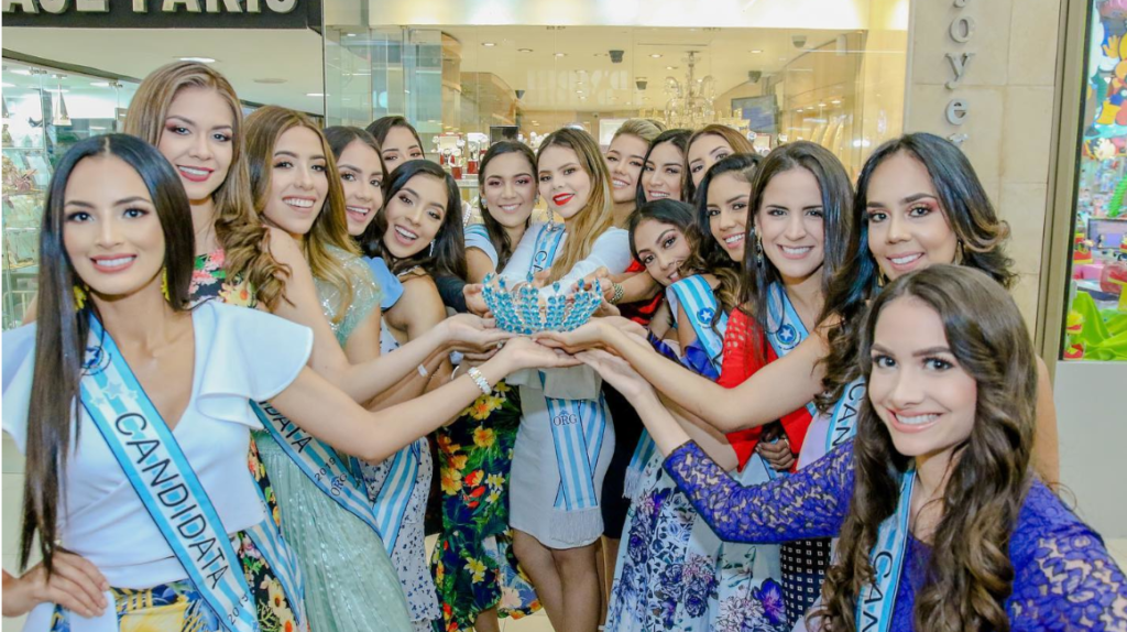 Reina de Guayaquil, un concurso que se resiste a morir