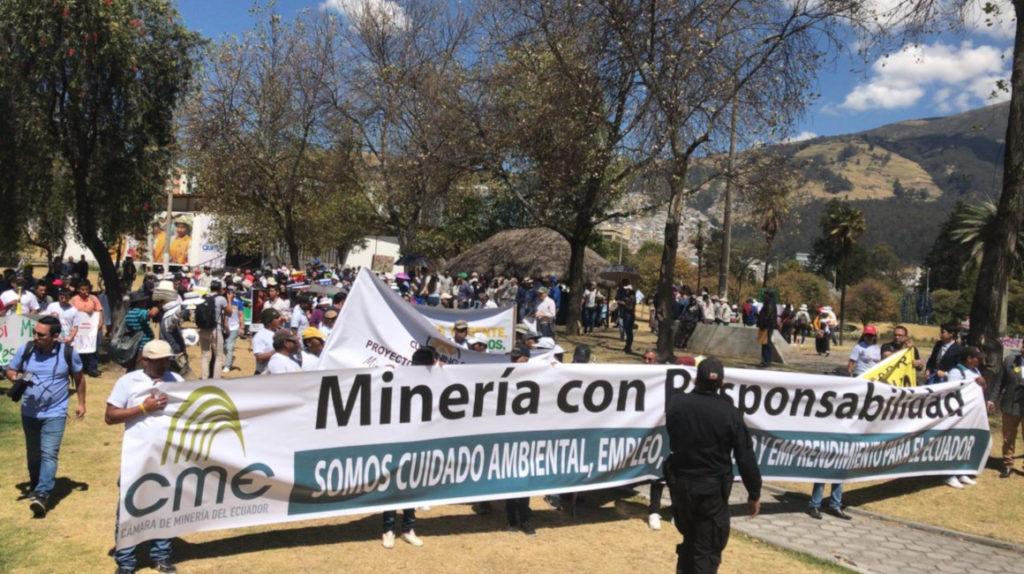 Consulta no puede detener proyectos en ejecución, dice la Cámara de Minería
