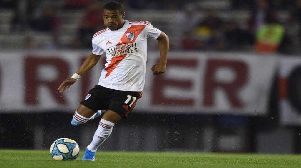 River Plate venció a Colón y es puntero de la Superliga
