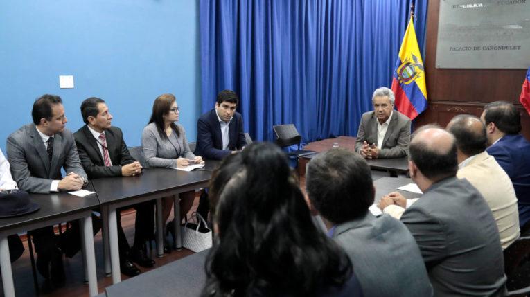 El presidente Lenín Moreno se reunió el 16 de octubre de 2019 con representantes de la Central Unitaria de los Trabajadores.
