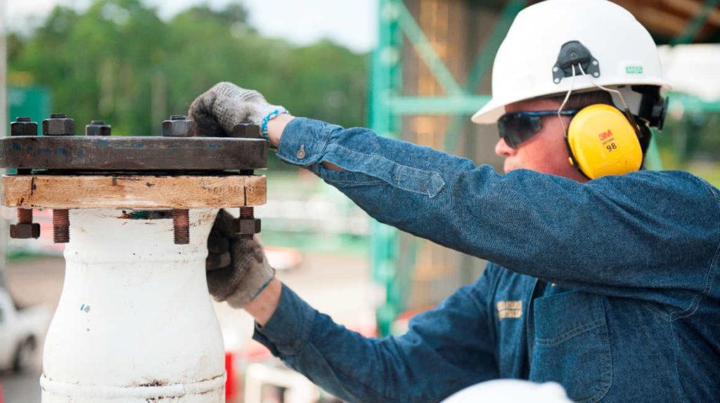 ¿Pueden oleoductos de Ecuador  transportar un millón de barriles diarios?