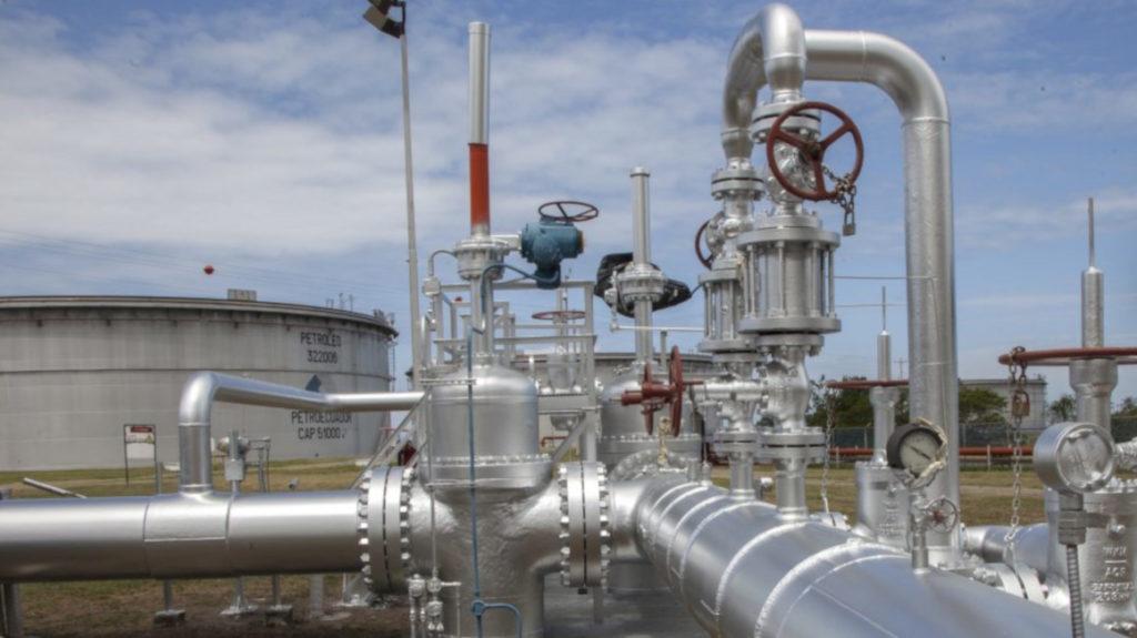 Suspendidas operaciones en los dos oleoductos del país