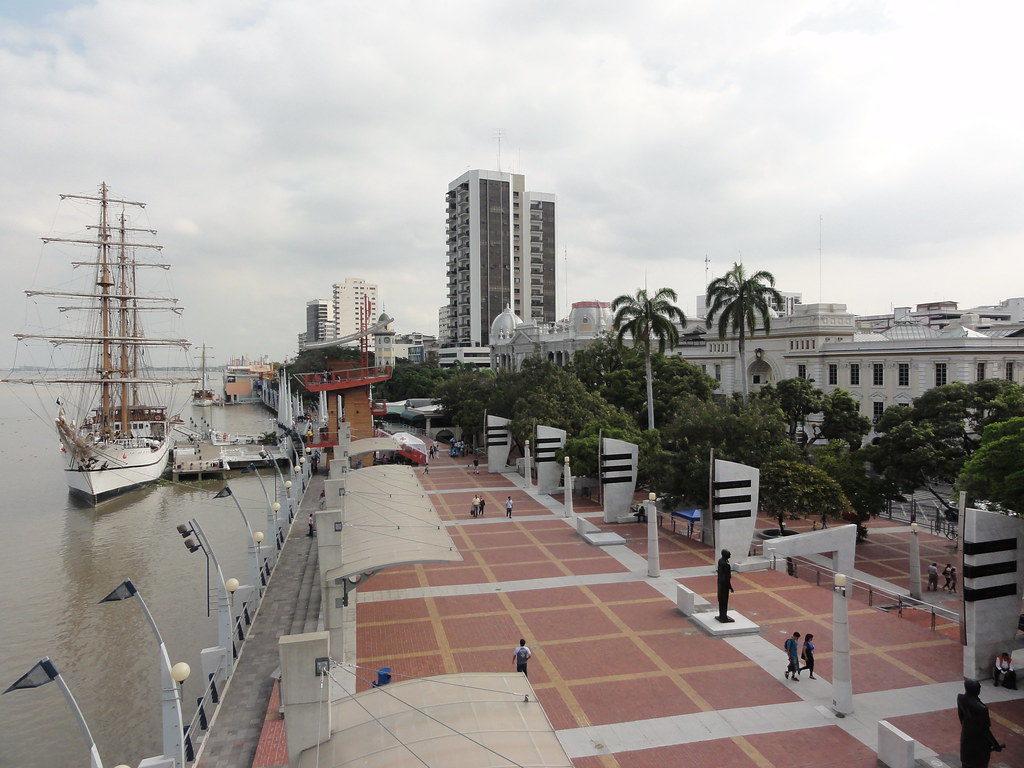 Estados Unidos dice que no es seguro viajar a Ecuador, turismo evalúa pérdidas