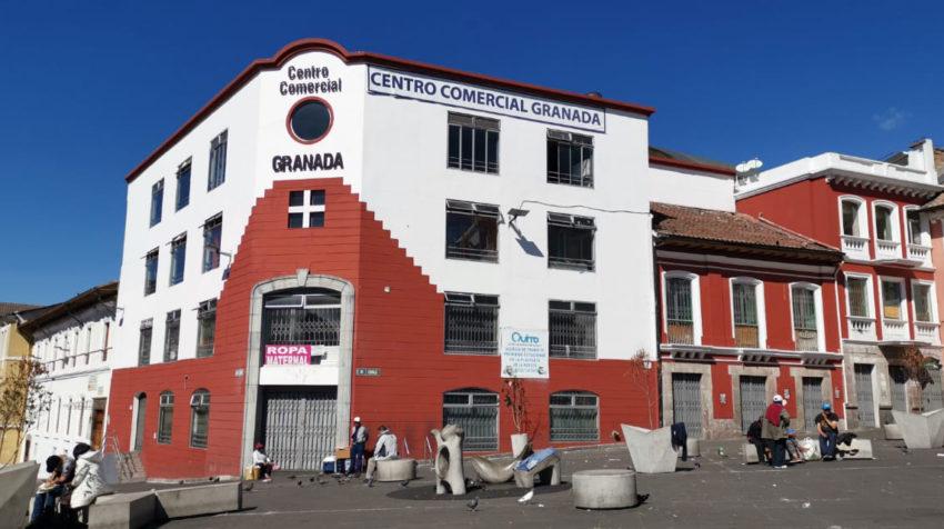 Durante los 11 días de manifestaciones la mayoría de locales en el Centro Histórico cerraron sus puertas.