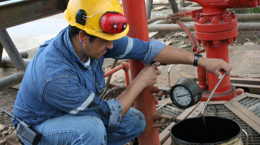 Petróleo: producción se recupera tras la peor caída en una década