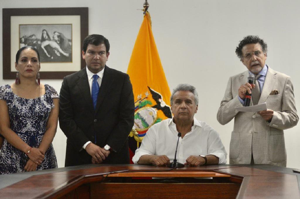 Todas las funciones del Estado respaldan al presidente Lenín Moreno